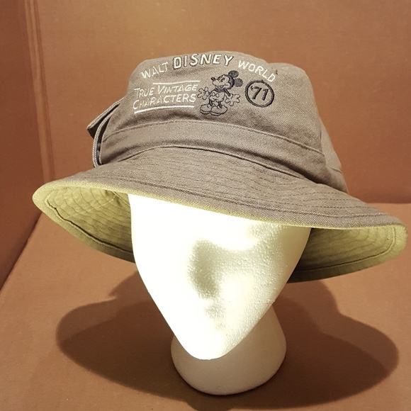 7bb49b7797d Disney Accessories - Vintage Walt Disney World Safari Hat